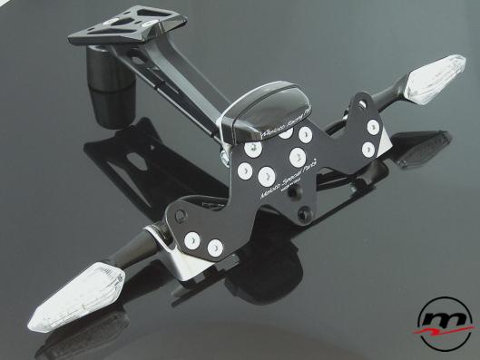 Portatarga Melotti Racing per YAMAHA R1 2009-14 con luce targa e frecce