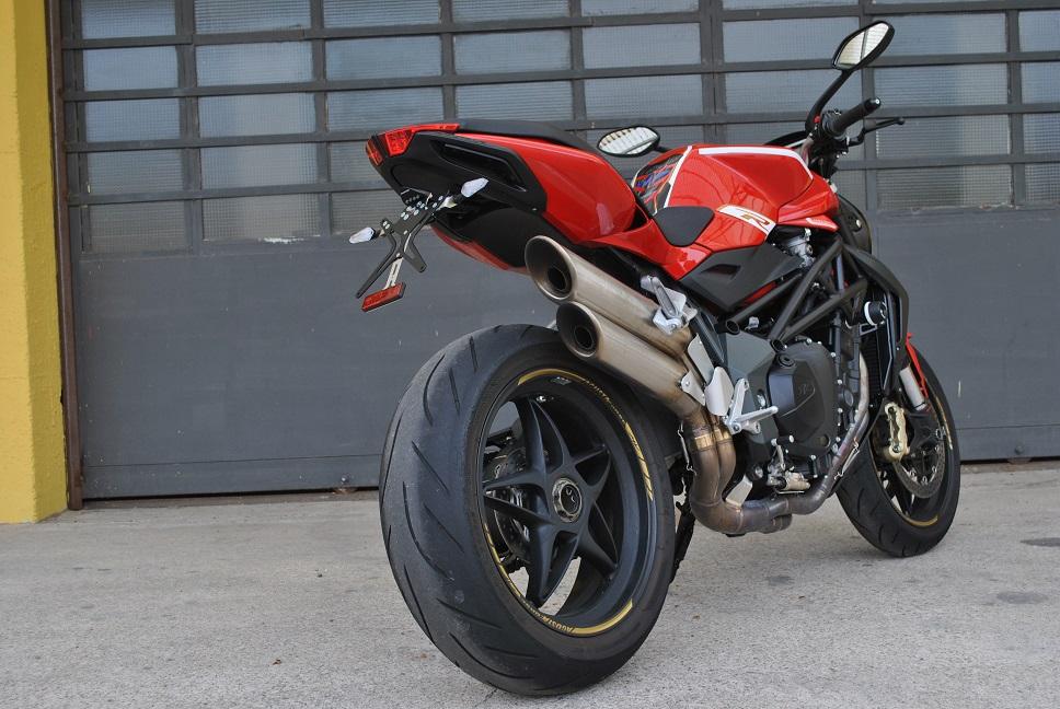 Portatarga Melotti Racing per MV Agusta BRUTALE